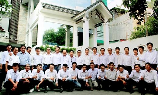 Hình ảnh tập thể nhân viên công ty 3